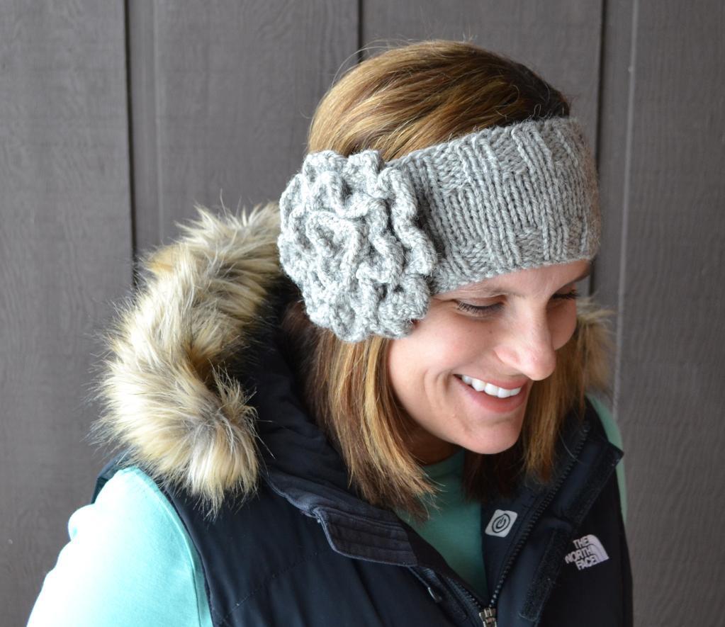 Another Flower Headband Knitting Pattern
