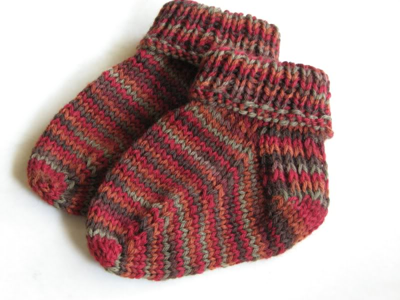 Baby Socks Knitting Pattern