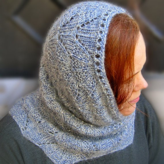 Bead Knitted Cowl Pattern