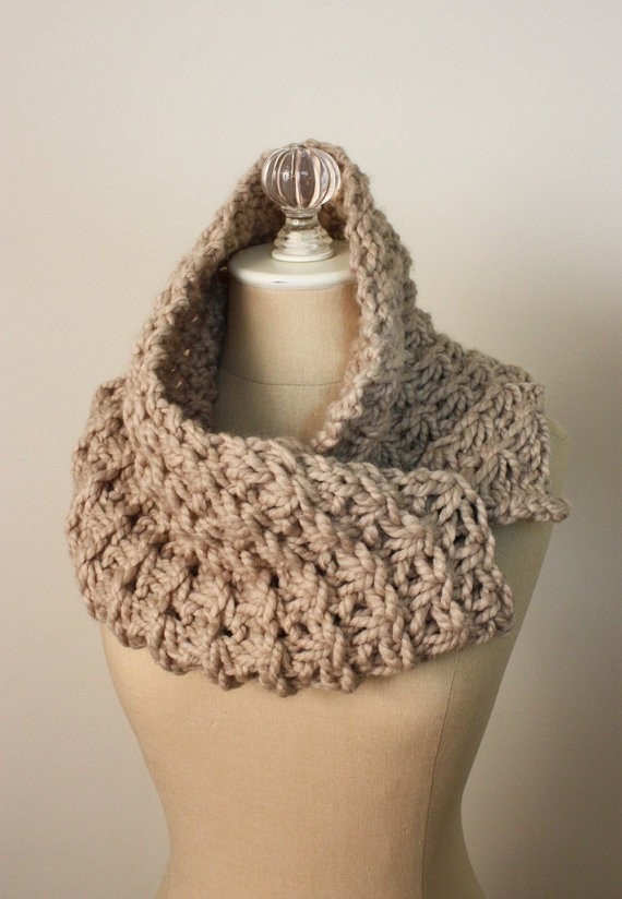 Chumky Cowl Knitting Pattern