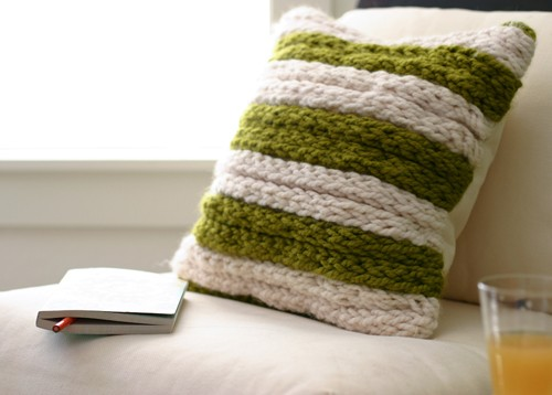 Chunky Finger Knit Pillow Pattern