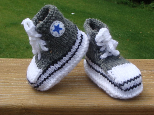 Converse Baby Booties Knitting Pattern