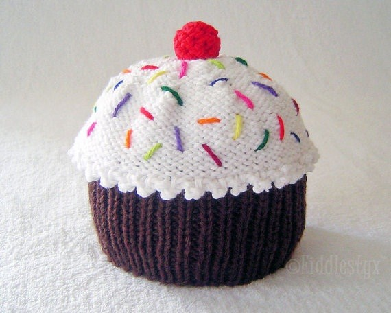 Cupcake with Frosting Hat Knitting Pattern