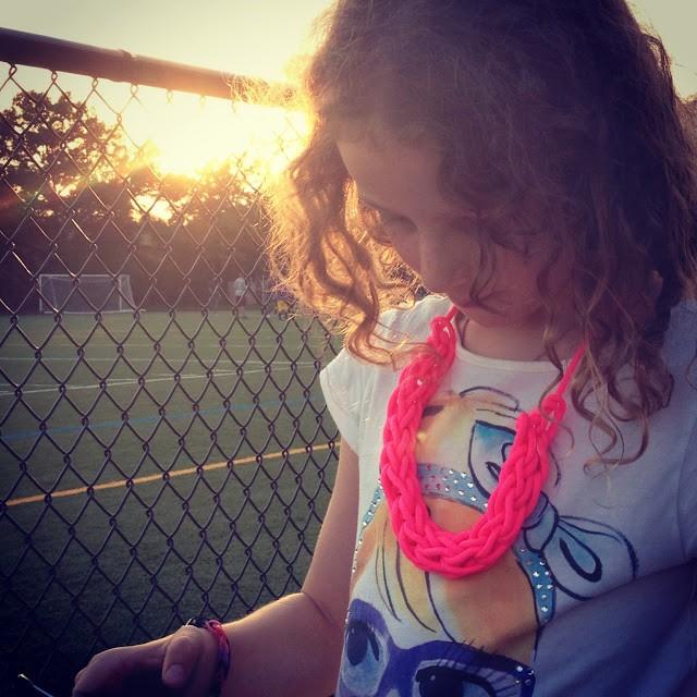 DIY Neon Necklace Finger Knitting Pattern