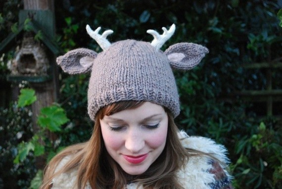 Deer Hat with Antlers Knitting Pattern