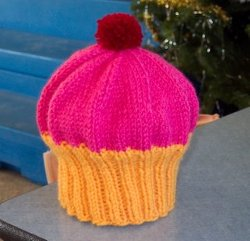 Easy Knitted Cupcake Hat Pattern