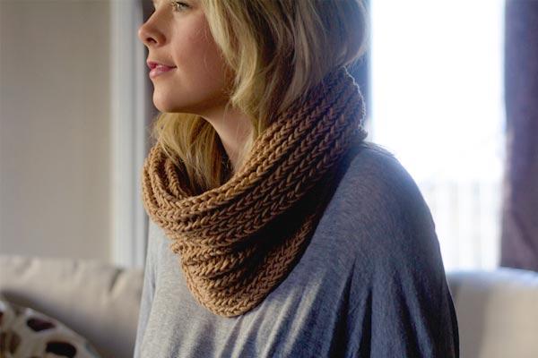 Easy Winter Cowl Long Loom Knitting Pattern