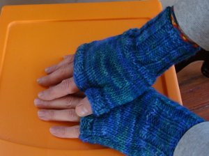 Fingerless Gloves Knitting Pattern Instruction