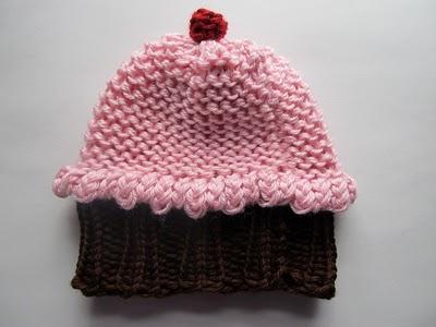 Free Circle Loom Knit Cupcake Hat Pattern