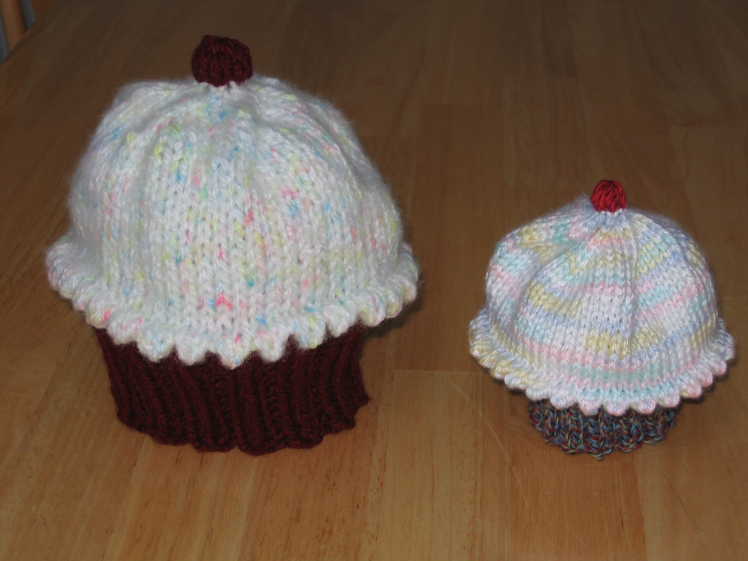Free Cupcake Hat Knitting Pattern Images