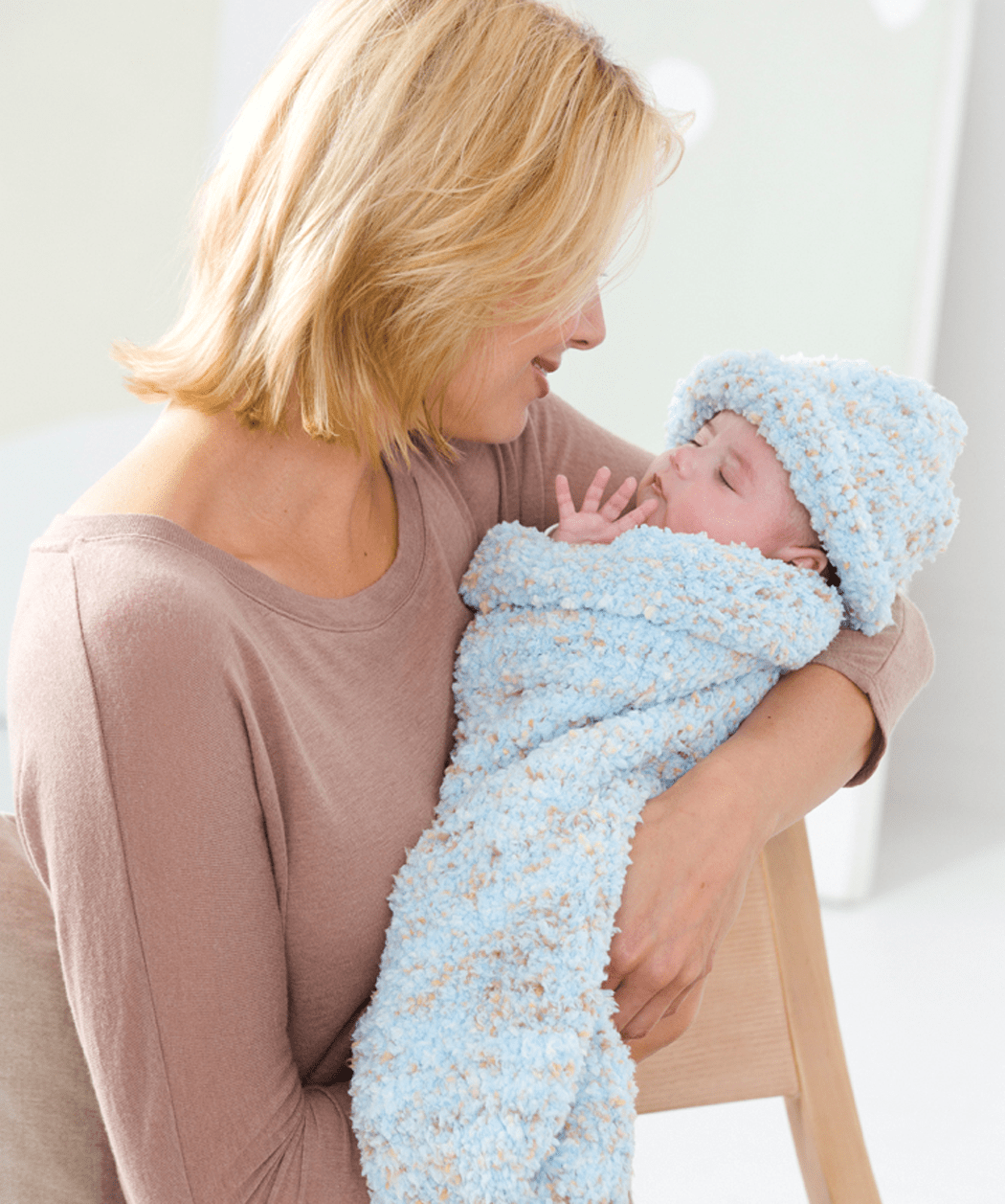 Free Knit Baby Cocoon and Cap Pattern