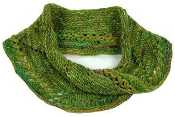 Free Lacy Mobius Scarf Knitting Pattern