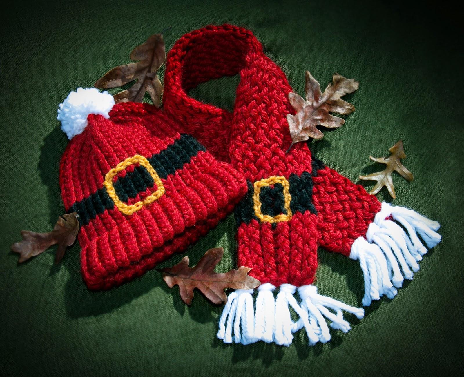 Free Loom knit Santa Scarf Pattern
