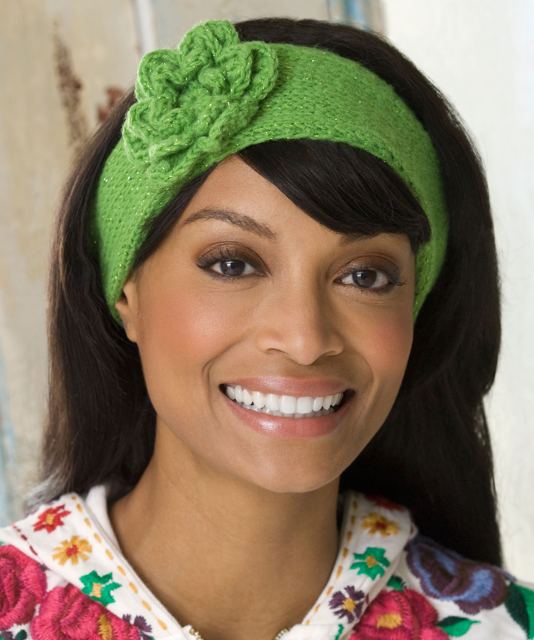 Knit Headband with Flower Patterns