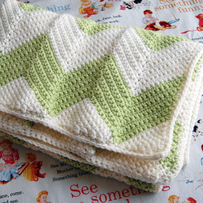Loom Knit Chevron Baby Blanket Pattern Tutorial