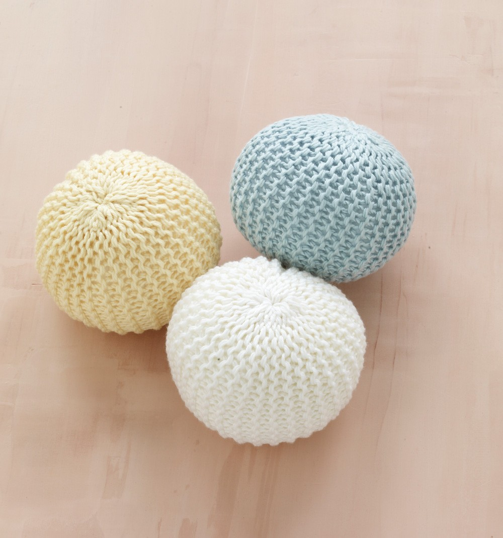 Loom Knit Playroom Ball Pattern For Babies