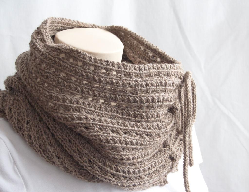 Mokaccino Knitting Cowl Pattern