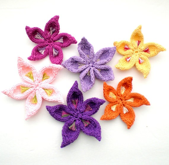 Multicolored Flower Knitting Pattern Instruction