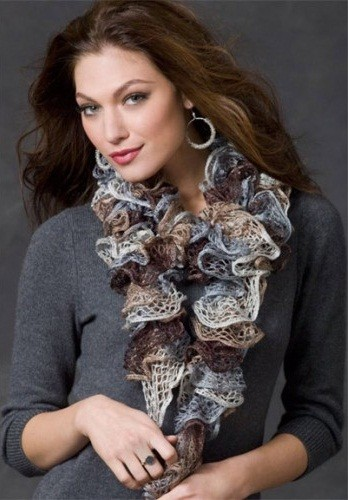 Ruffled Sashay Scurf Knitting Pattern