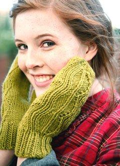 Tannenbaum Mitten Knitting Pattern