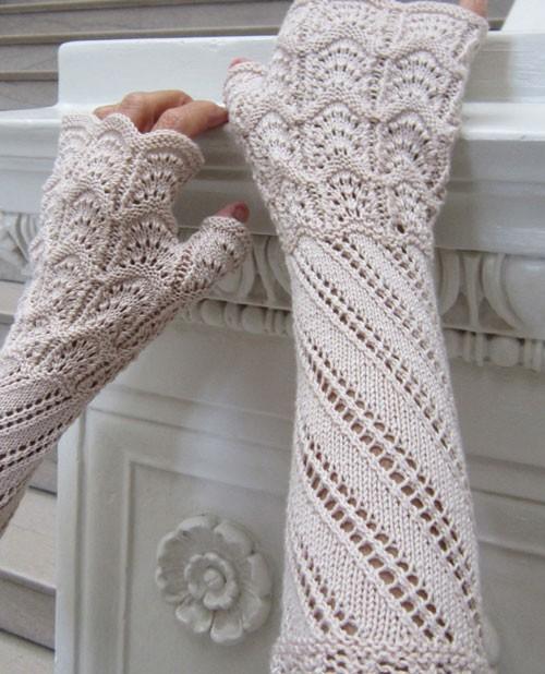 Terzetto Lace Mitts Knitting Pattern