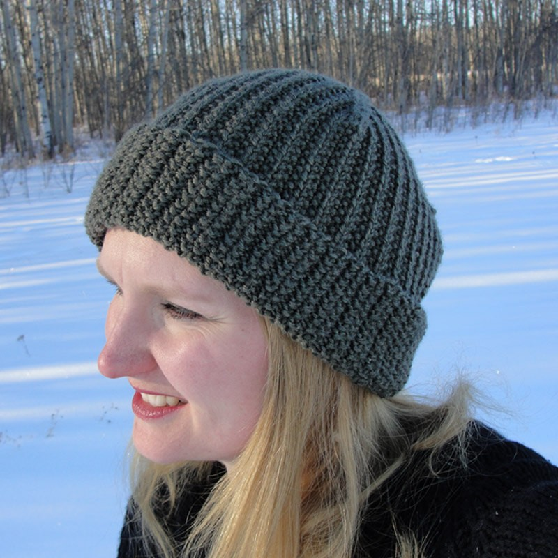 Women's Knitting Hat Pattern Tutorial