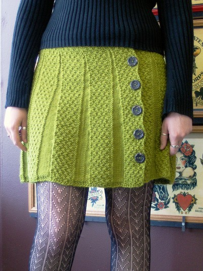 Buttoned Skirt Kniting Pattern