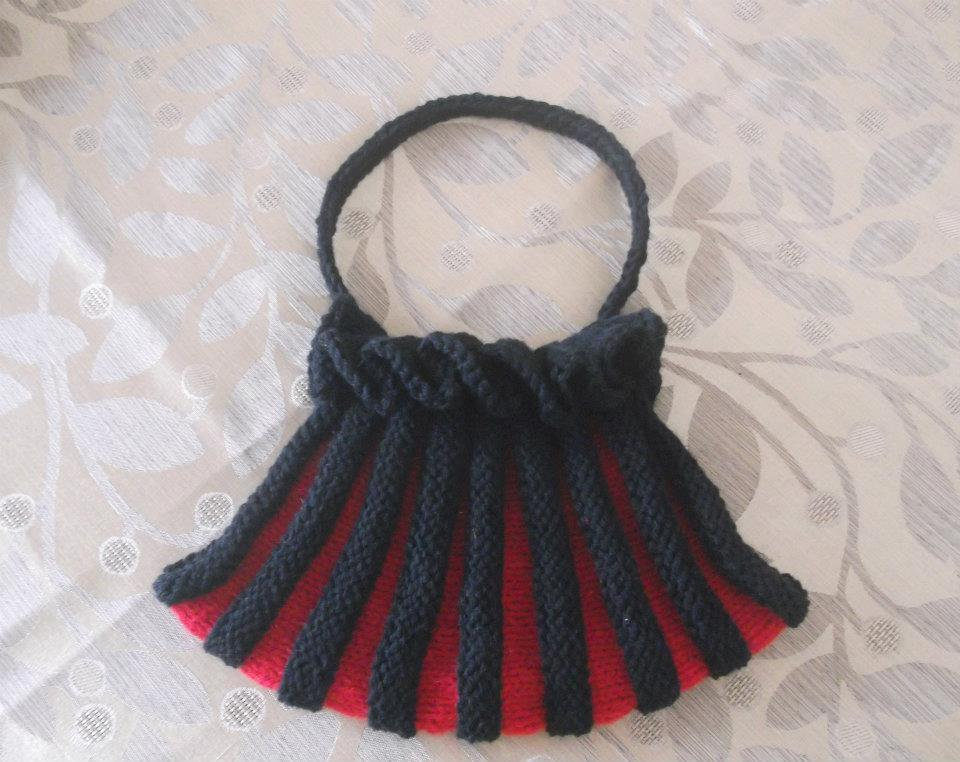 Quickly and Easy Knitted Bag Pattern