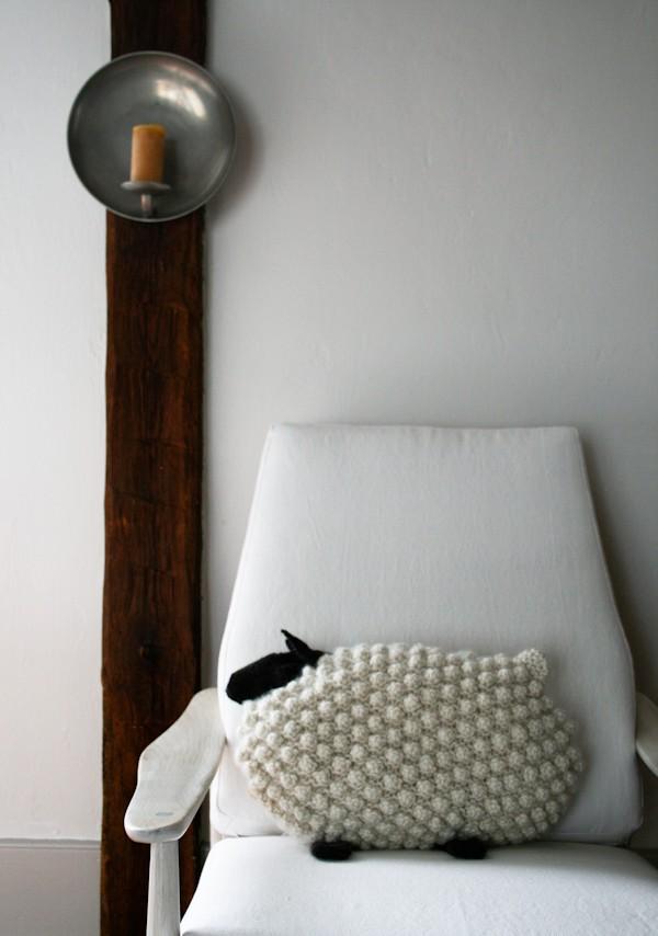 Bobble Sheep Pillow Knitting Pattern