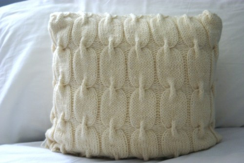 Chain Link Cable Knit Pillow Pattern