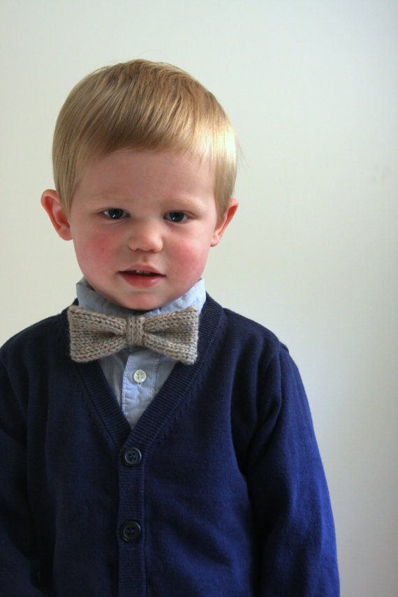 Adjustable Knit Bow Tie Pattern