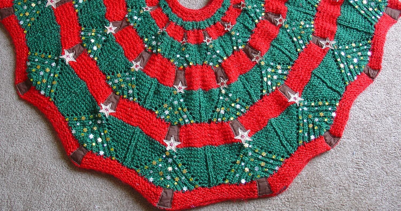 Christmas Tree Skirt Knitting Pattern