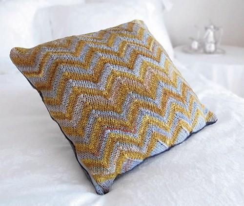 Free Chevron Pattern Pillows