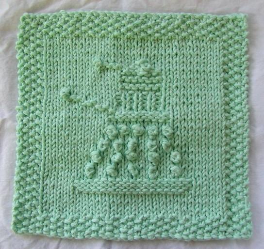 Knitted Dalek Tardis Pattern