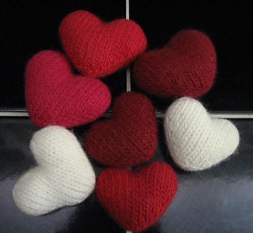 Little Hearts Knitting Pattern