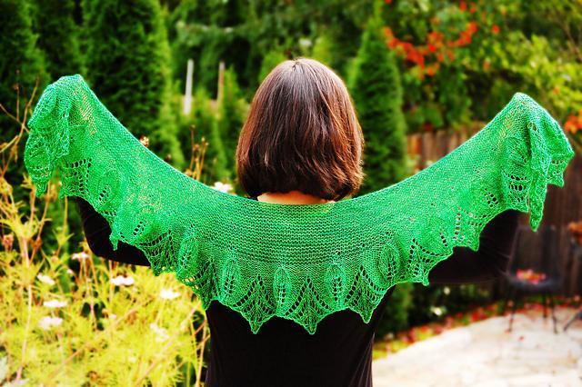Primavera Shawlette Knitting Pattern