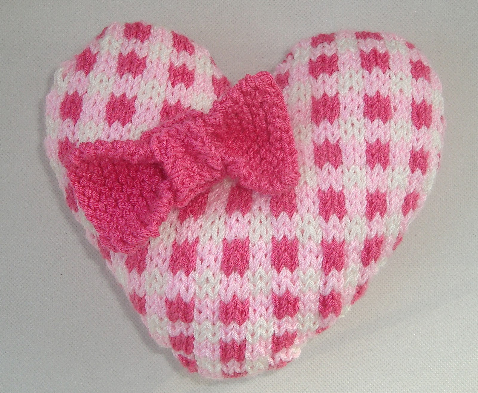 Shabby Chic Gingham Heart Knitting Pattern
