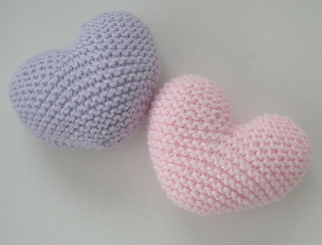 Two Colored Heart Knitting Pattern