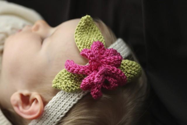 Flower Baby Knit Headband Pattern