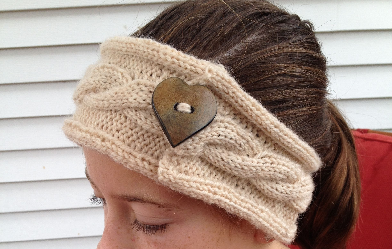 Free Cable Knit Button Headband Pattern