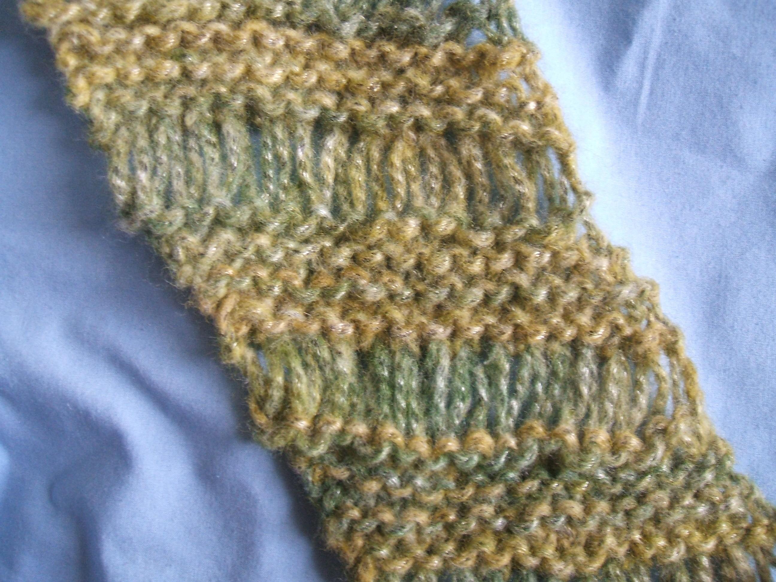 Free Diagonal Drop Stitch Scarf Pattern