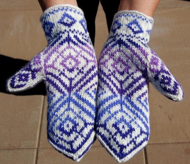 Round Knit Mitten Pattern