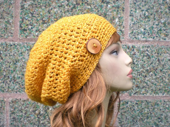 Buttoned Knit Beanie Pattern