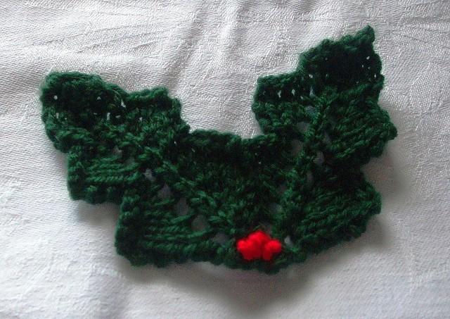 Free Holly Leaf Knitting Pattern