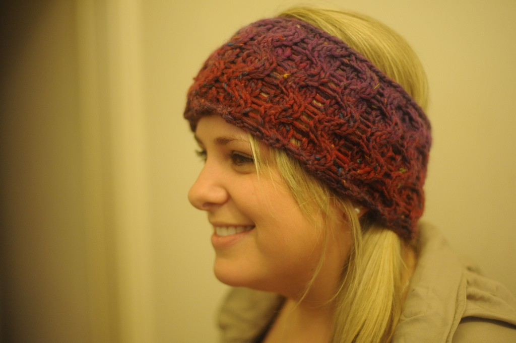 knitting a headband