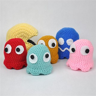 pacman-ghost-knitted